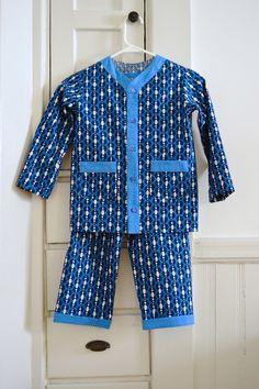 Sleepover Pajamas, oliver + s, size 7 Boys Night Dress, Girls Blue Dress, Night Suit, Dresses Kids Girl, Kids Nightwear, Cute Sleepwear, Baby Boy Dress, Baby Boy Outfits, Black Blouse Designs