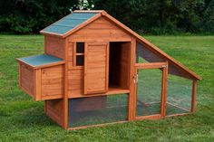 """""""The Saltbox"""" Coop with Run. from My Pet Chicken"""