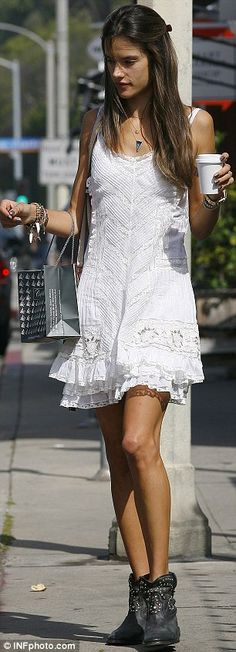 : Photo Alessandra Ambrosio and her daughter Anja, wear adorable matching white outfits at the 2013 Coachella Music Festival on Sunday (April in Indio, Calif. Alessandra Ambrosio, Glamour, Festival Outfits, Festival Style, Celebrity Look, White Outfits, White Style, Dress To Impress, Spring Outfits