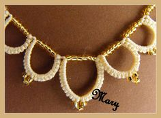 "Mary Handmade: The ""Simplicity"" golden"