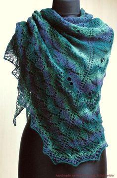 klassisches Dreieckstuch / Schulter-Tuch / Stola mit tollem und einzigartigem Lace-Muster in einem tollen Farbverlauf    Tuch SAMEIS  ein richtiger...