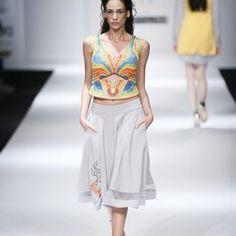 saaj-by-ankita-at-amazon-india-fashion-week-2017-5