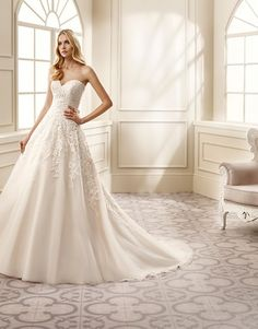 The new 2016 collection from @eddykbridal features this beautifully regal a-line gown, perfect for getting that wow-factor look on your special day! View the collection in full at http://www.weddingdressexpert.co.uk/dress-gallery/?filtering=1&loggedout=true&filter_designer=311&filter_year-of-collection=527