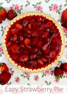 Easy Strawberry Pie ~ Quick and Easy Strawberry Pie anyone can make! via www.julieseatsandtreats.com