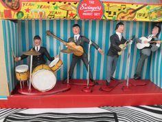 Vintage Beatles Swingers Set Miniature Rock N Roll Music Toy in Box Vintage Metal, Retro Vintage, Retro Toys, 70s Toys, Rock N Roll Music, Classic Monsters, Vintage Dolls, The Beatles, Black And White
