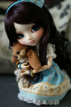 Pullip Classical Alice in wonderland fashion doll Groove in USA