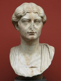 Антония Младшая. Мрамор. 14—37 гг. н.э.  Инв. № 743. Копенгаген, Новая Карлсбергская глиптотека.