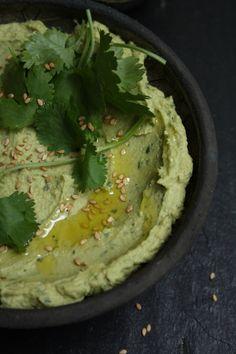 Avocado Hummus with Coriander & Lemon