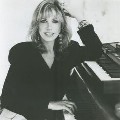 ~Carly Simon, Ben Taylor and Sally Taylor will be performing live (online) for 40 minutes on Nov. Description from kickassmusicwomen.com. I searched for this on bing.com/images