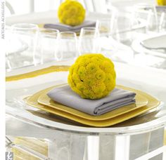 flower ball place setting