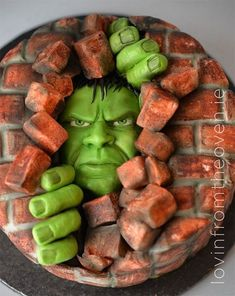 Hulk Cake made by Lovin' From The Oven Hulk Torte, Hulk Cakes, 3d Cakes, Cupcake Cakes, Pretty Cakes, Beautiful Cakes, Amazing Cakes, Crazy Cakes, Fancy Cakes