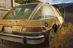 AMC Pacer ... a car that should be abandoned ... sorry lil Pacer