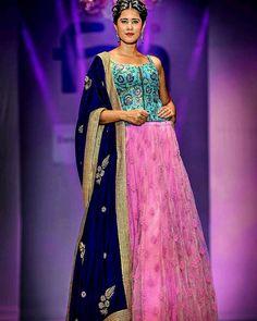 www.ileshshah.com Ilesh Shah Photography #ileshshah #MyPhotoInVogue  #fashion #lookbook #outfitsociety #fashiongram #dress #model #urbanfashion #luxury #fashionstudy #famous #style #fashionkiller #swag #classy #cute #shopping #glam #me #popular #fashionstylist