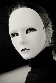 When They Are Veyl'd on Purpose to be Seene: The Metamorphosis of the Mask in Seventheenth and Eighteenth-Century London Mascaras Halloween, Halloween Masks, Cyberpunk, Horror Masks, Arte Obscura, Cool Masks, Venetian Masks, Masks Art, Clowns