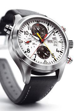 IWC Pilots Double Chronograph Des couleurs qui me font penser à l'artiste Mondrian