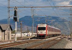RailPictures.Net Photo: 520 156 OSE Hellenic Railways AEG SIEMENS at Thiva,Viotia Region, Greece by Apostolos Anastasiadis