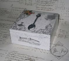 Todo transfer | Aprender manualidades es facilisimo.com Altered Cigar Boxes, Decoupage Printables, Decoupage Box, Craft Bags, Painted Boxes, Vintage Crafts, Arts And Crafts Projects, Wooden Crafts, Recycled Art