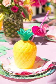 Take a look at this cool summer flamingo birthday party! The pineapple cups are so much fun! See more party ideas and share yours at CatchMyParty.com Tropical Party Foods, Pineapple Cup, Flamingo Photo, Hawaiian Luau Party, Flamingo Birthday, Favors, Table Settings, Cups, Party Ideas