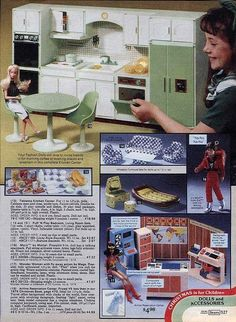 1979 Sears Wishbook That's right. My Barbie got a JOB for Christmas in A computer job. Barbie Doll House, Barbie Toys, Barbie Stuff, Barbie Clothes, Dollhouse Furniture Sets, Barbie Furniture, Bedroom Furniture, Vintage Barbie, Vintage Dolls