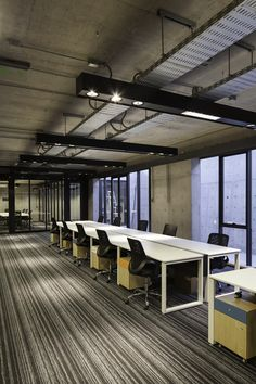 Gallery of Multicarpet Rollux Showroom / +arquitectos - 15