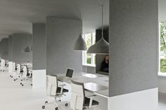 i29 interior architects | office 04 (1/10) / felt walls and lamps