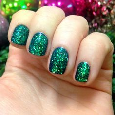 10 minute Christmas manicure using Capricorn glitter from limecrime.com! Just paint on a dark color and pat on glitter on top!