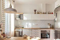 4-cozinha-linda-branca-com-subway-tile