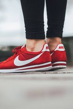 huge discount 880ed 2139b Embedded image Red Nike Trainers, Nike Red Sneakers, Red Sneakers Outfit,  White Sneakers