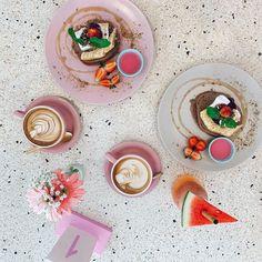 Hummus, Panna Cotta, Coffee, Ethnic Recipes, Food, Coffee Cafe, Kaffee, Essen, Cup Of Coffee