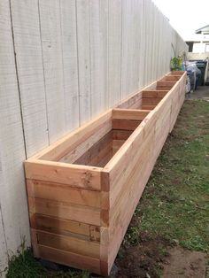 DIY Rustic Wood Planter Box Ideas for Your Amazing Garden - Diy Garden Projects DIY Rustic Wood Planter Box Ideas for Your Amazing Garden In modern cities,. Diy Garden Fence, Backyard Fences, Garden Boxes, Easy Garden, Backyard Landscaping, Backyard Privacy, Landscaping Ideas, Garden Pallet, Diy Pallet