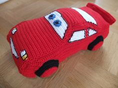 Lightning McQueen Car Crochet Pattern in Russian with Charts: http://www.liveinternet.ru/users/3871245/post241002121/