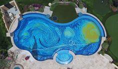 """La """"Nuit Etoilée"""" de Van Gogh finit au fond d'une piscine"""