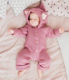 """661 Likes, 3 Comments - Одеждааксессуарыигрушки (@knitting_baby_dreams) on Instagram: """"Хорошего дня))) покажу вам сладкий сон Евы в нашем комбезике. Ну разве не заслуживает эта красота…"""""""