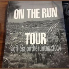 On The Run Tour Official Tour Book 2014