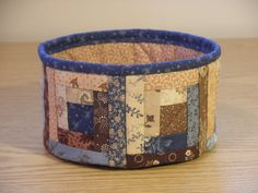 Quilted Fabric Bowl Log Cabin EDbowlN by cedarpointdesigns #EtsyGifts