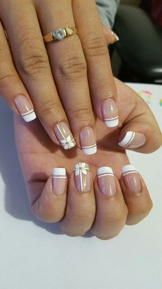 Stunning Striped Nails Art Ideas for Prom ❀ - Diaror Diary - Page 34 ♥ 𝕴𝖋 𝖀 𝕷𝖎𝖐𝖊, 𝕱𝖔𝖑𝖑𝖔𝖜 𝖀𝖘!♥ ♡*♥ ♥ ♥ ♥ ♥ ♥ ♥ ♥ ♥ ♥ ♥ ღ♥Hope you like this collection about striped nails! ღ♡*♥ 𝖘𝖙𝖚𝖓𝖓𝖎𝖓𝖌 𝖘𝖙𝖗𝖎𝖕𝖊𝖉 𝖓𝖆𝖎𝖑𝖘 𝖉𝖊𝖘𝖎𝖌𝖓 ♡*♥ ღ French Nails, French Manicure Nails, French Manicure Designs, Nail Art Designs, My Nails, Nails Design, Manicure Ideas, Spring Nail Art, Spring Nails