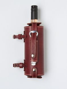 Free People Leather Wine Holder for you bicycle For your bike! I can join both of my passions! Leather Bicycle, Wine Wednesday, Wine Case, Bicycle Maintenance, Cool Bike Accessories, Bike Style, Gifts For Wine Lovers, Bike Parts, Wine Cellar
