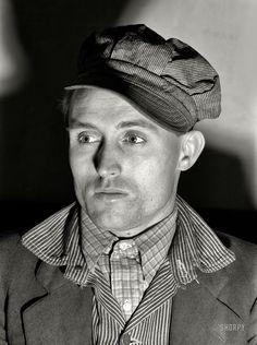 Shorpy Historic Picture Archive :: Been a Miner: 1939 high-resolution photo Workwear Fashion, Work Fashion, Men's Fashion, Fashion Tips, Vintage Photographs, Vintage Photos, Dust Bowl, Dapper Gentleman, Military Men