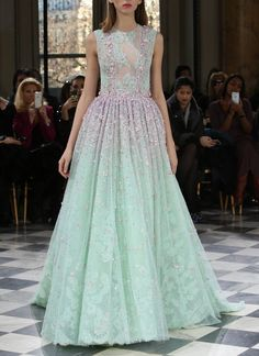 Beautiful dress in mint green lace with pink details. skaodi: � Georges Hobeika Haute Couture Spring 2016. Paris Fashion Week. �