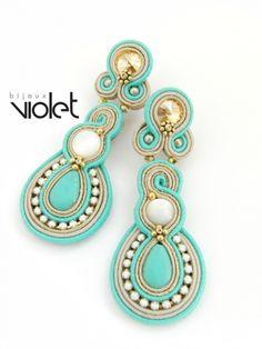 Turquoise Soutache Earrings by Violetbijoux Soutache Necklace, Beaded Earrings, Beaded Jewelry, Handmade Jewelry, Jewelry Crafts, Jewelry Art, Women Jewelry, Passementerie, Turquoise