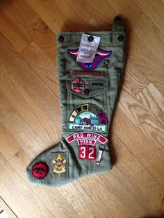 My husband's stocking made from his father's childhood Boy Scout uniform. Cub Scouts Bear, Girl Scouts, Cub Scout Crafts, Eagle Scout Ceremony, Boy Scout Uniform, Boy Scout Camping, Wood Badge, Scout Mom, Scout Activities