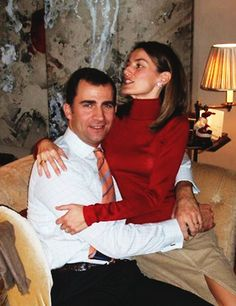 Spanish Royals | Royal couple PDA (28/39): King Felipe & Queen...