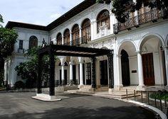Malacanang Palace   http://exploretraveler.com/ http://exploretraveler.net