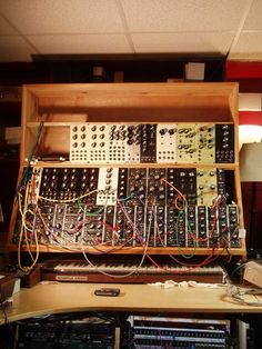 Building a Modular Synth With RJD2