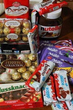 nutella, chocolate, and milka εικόνα Ferrero Rocher, Chocolate Milka, I Love Chocolate, Chocolate Videos, Chocolate Gifts, Chocolate Lovers, Cute Food, I Love Food, Yummy Food