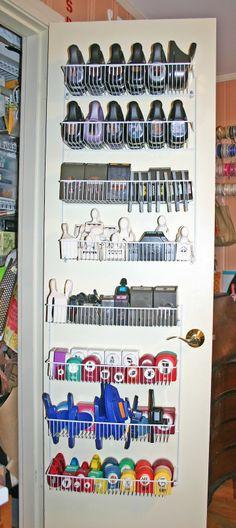 punch storage | PUNCH STORAGE DOOR- Peut être au mur plutot qu'au dos de la porte ?