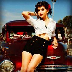 Rockabilly shoot pin up girl Rockabilly Pin Up, Moda Rockabilly, Rockabilly Fashion, Rockabilly Outfits, Rockabilly Ideas, 1950s Outfits, Retro Pin Up, 1950s Pin Up, Retro Style