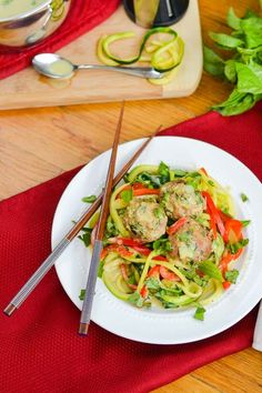 Forget ordering take-out! You can have this amazing dish of flavorful turkey meatballs, sweet-spicy coconut-curry sauce AND zoodles all on your table in 30 minutes! So stay in, save some money and devour thishealthy and delicious,21 Day Fix-approved meal! So I'm curious… how doyou guysfeel about Thai food? I have to admit, I'm a little …