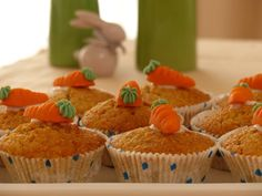 Free Image on Pixabay - Carrot Cake, Cake, Muffins Easy Carrot Cake, Carrot Cake Cupcakes, Carrot Muffins, Savory Muffins, Pineapple Muffins, Food Cakes, Microwave Baking, Healthy Muffin Recipes, Vegan Recipes