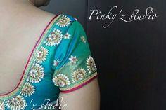 South Indian Blouse Designs, Simple Blouse Designs, Blouse Back Neck Designs, Blouse Designs Silk, Choli Designs, Bridal Blouse Designs, Embroidery Neck Designs, Aari Embroidery, Kalamkari Dresses